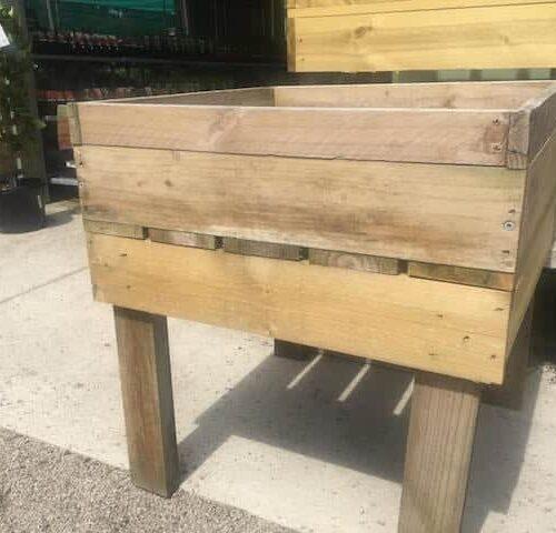 Vegie Box With Legs